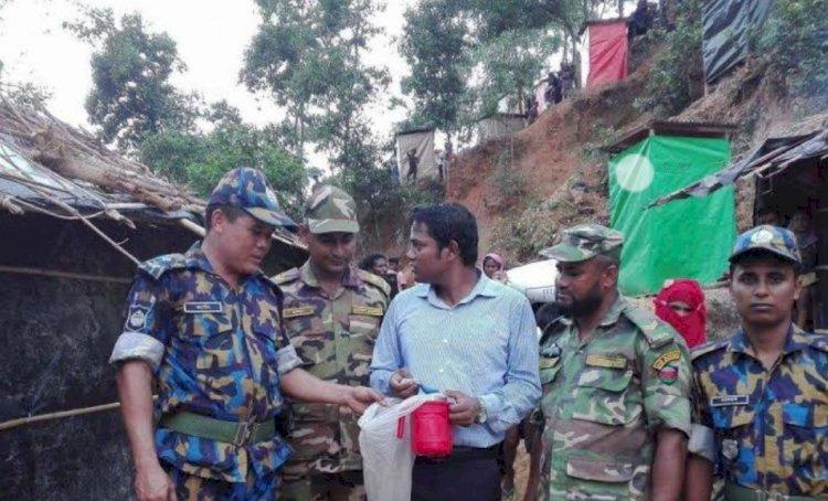রোহিঙ্গা ক্যাম্পে যৌথবাহিনীর সাঁড়াশি অভিযান চলছে