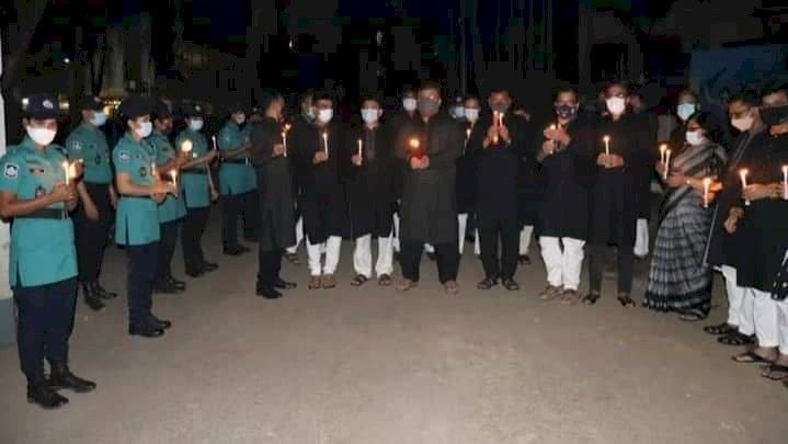 চট্টগ্রাম মেট্রোপলিটন পুলিশের উদ্যোগে মোমবাতি প্রজ্জ্বলন