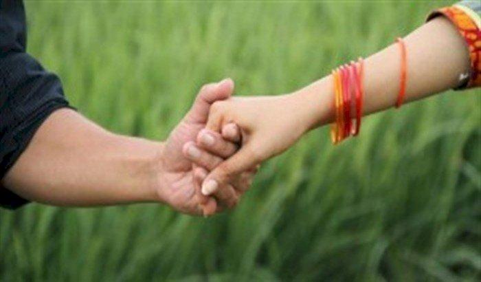 স্ত্রী ও ৭ বছরের সন্তান ফেলে নবম শ্রেণির ছাত্রী নিয়ে গৃহ শিক্ষক উধাও