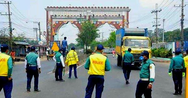 চট্টগ্রামে চলছে কঠোর লকডাউন, 'আর্মি ইন এইড টু সিভিল পাওয়ার' নিয়ে মাঠে সেনাবাহিনী