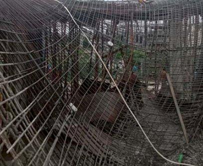 সৈয়দপুরে ধসে পড়ল সরকারী নির্মাণাধীন ভবন