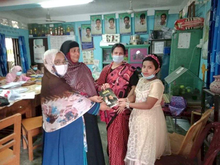নলছিটিতে সাংবাদিকের মেয়ের কৃতিত্ব